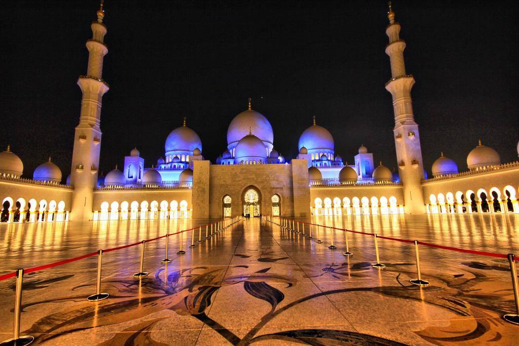 Thousands Lights Mosque